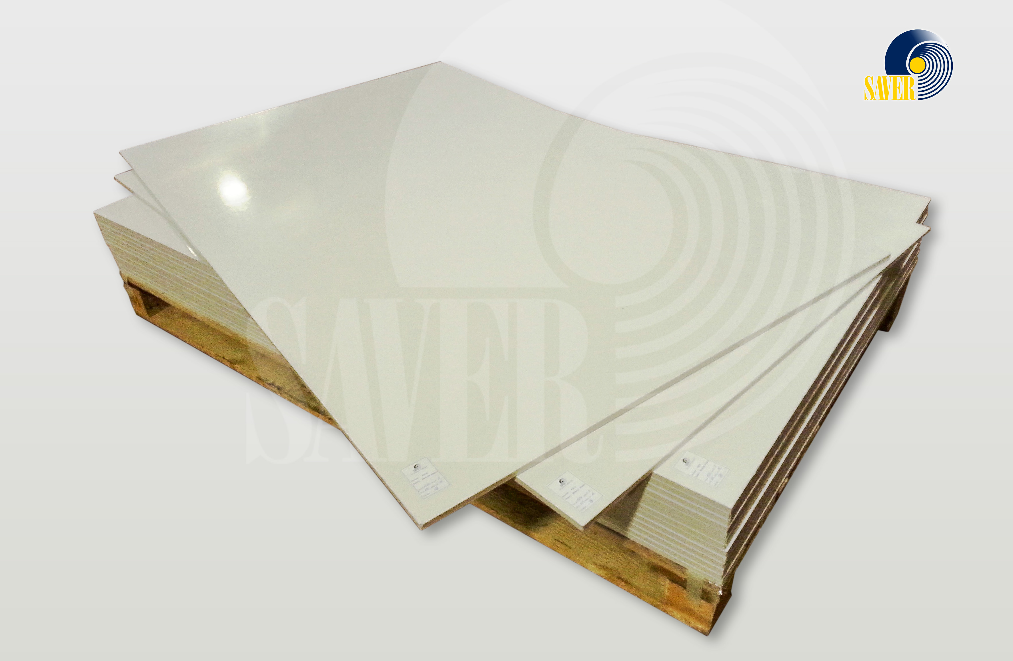 Glass mat on polyester resin sheet laminates by SAVER Alumen